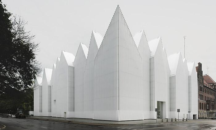 Vídeň vystavuje Nejlepší evropské stavby roku 2015