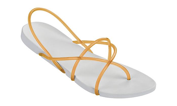 Starck navrhl značce Ipanema kolekci letních bot