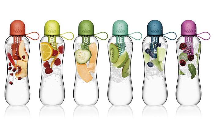 Karim Rashid navrhl filtrační láhve Bobble Infuse