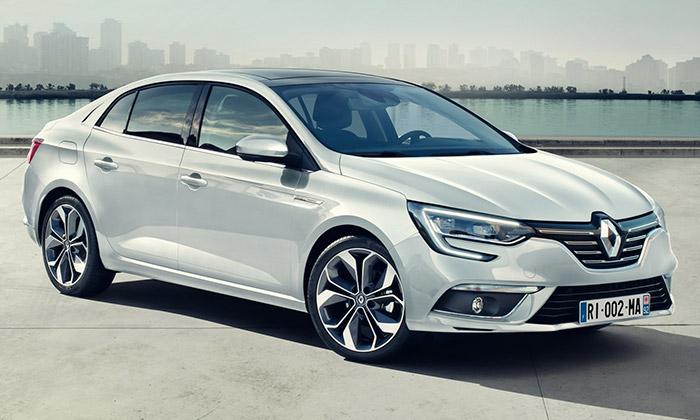 Renault uvádí Megane Sedan sprosklenou střechou