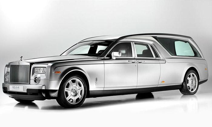 Rolls-Royce Phantom dostal luxusní pohřební úpravu