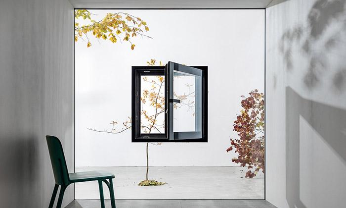 JANOŠÍK představí unikátní čtveřici Jiných oken