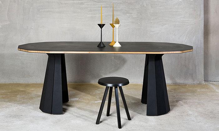 LLEV navrhli novou kolekci stolů spodnožemi Moon