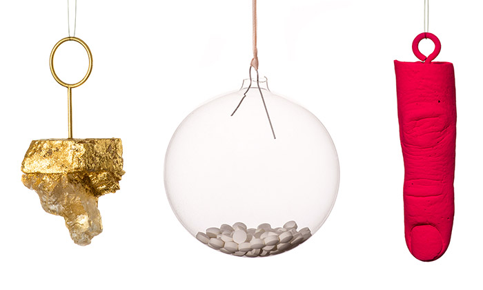 Bratislava vystavuje vánoční ozdoby 43 designérů