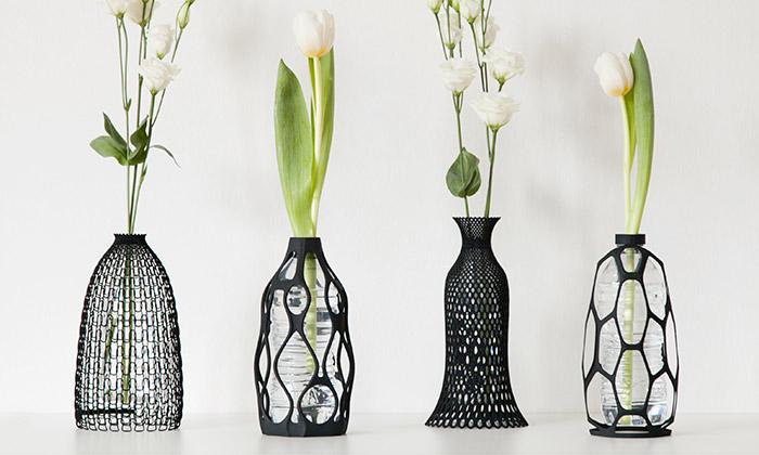 Italové navrhli 3Dtištěné vázy jako obal naPET láhev