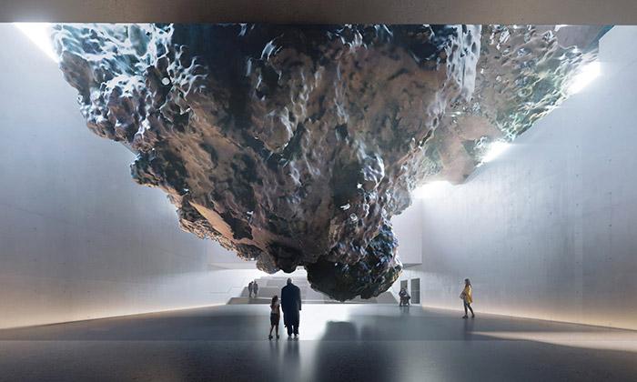 Anish Kapoor navrhl památník jako obří meteorit