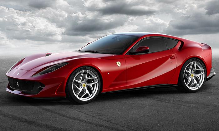 Ferrari odhalilo nový vrcholný model 812 Superfast