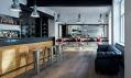 Tony Adam's Barbershop v Praze od studia OOOOX
