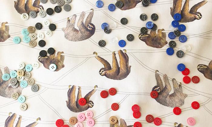 Annanemone tvoří textil sméně oblíbenými motivy