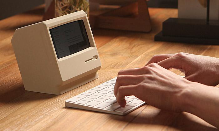 Stojánek udělá ziPhone malý počítač Macintosh
