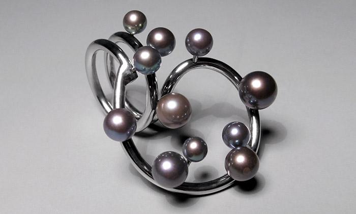 Nomio vystaví šperky inspirované Tančícím domem