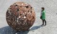Čestmír Suška a ukázka z výstavy Skulptury ve městě