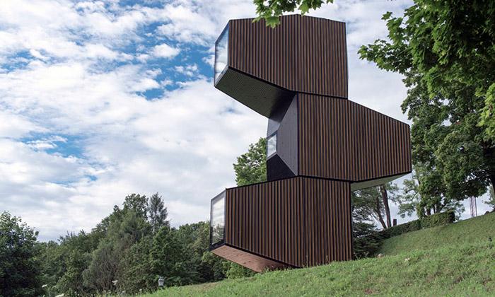 Ofis postavili nad Lublaní modulární domek ze dřeva