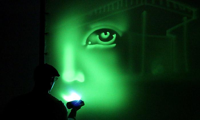 Na výstavě Světlo aživot můžete malovat světlem
