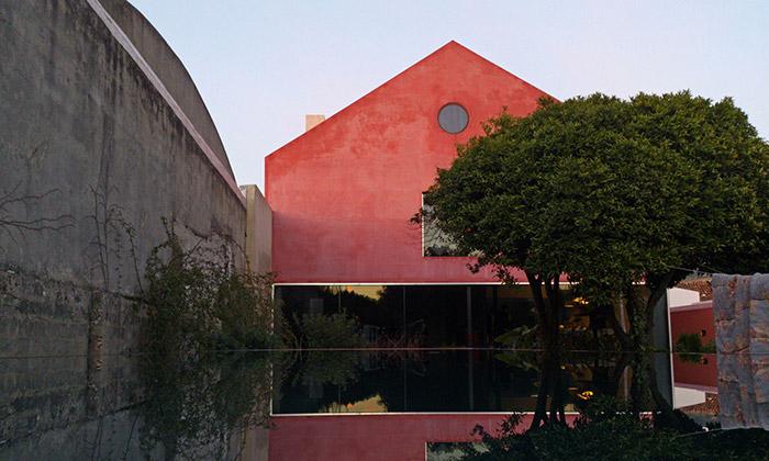 Portugalská rodina si přestavěla vinařství nabydlení