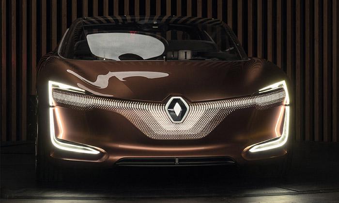 Renault Symbioz jevize auta parkovaného vobýváku