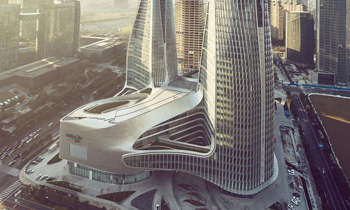 UNStudio dokončilo rozvlněný komplex Raffles City