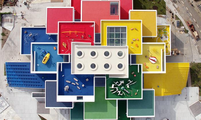 V Dánsku byl otevřen Lego House postavený zkostek