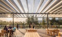 Apple Park Visitor Center od studia Foster + Partners