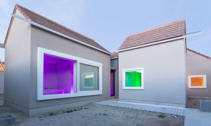 Španělský dům Casa Ji tvoří osm malých domků apodobá sevesnici