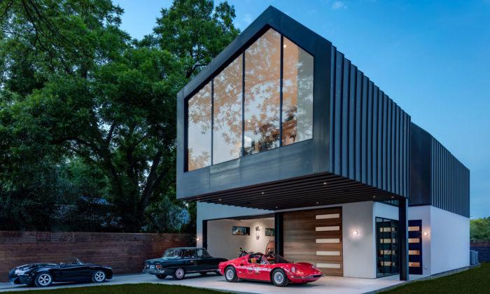 Autohaus jevelkou garáží sběratele sluxusní obytnou nástavbou