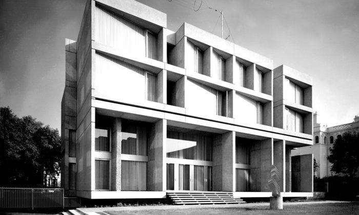 Brutalistická budova českého velvyslanectví vLondýně seznovu otevřela