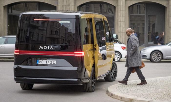 V Hamburku začne jezdit první elektrické auto nasdílenou jízdu MOIA