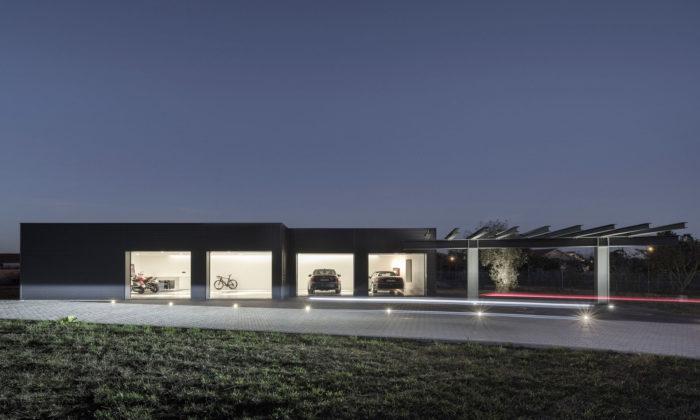 Paulo Martins postavil sběrateli minimalistickou garáž připomínající galerii