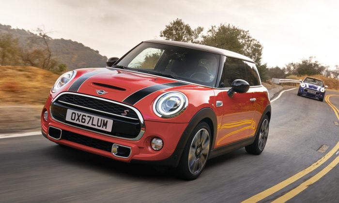 Mini osvěžilo design svého 3dvéřového a5dvéřového modelu Cooper