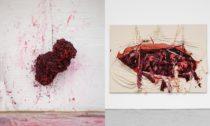 Anish Capoor a ukázka děl z výstavy My Red Homeland