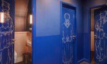 Restaurace Duddell's London v katolickém kostele podle návrhu ateliéru Michaelis Boyd