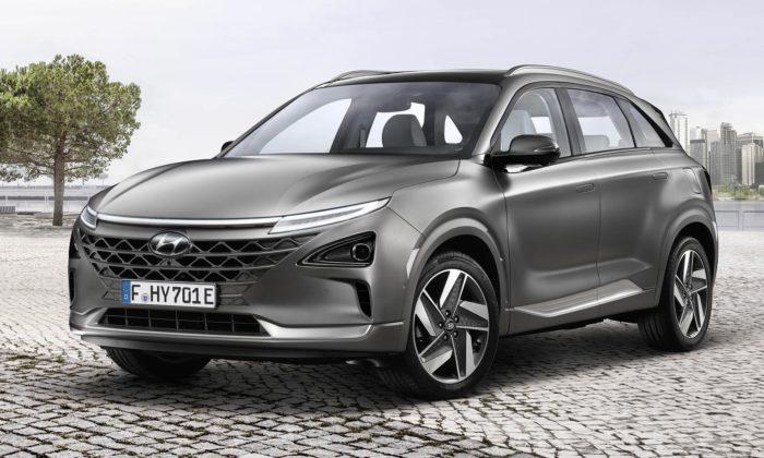 Hyundai dokončilo samořídící model Nexo selektrickým pohonem navodík