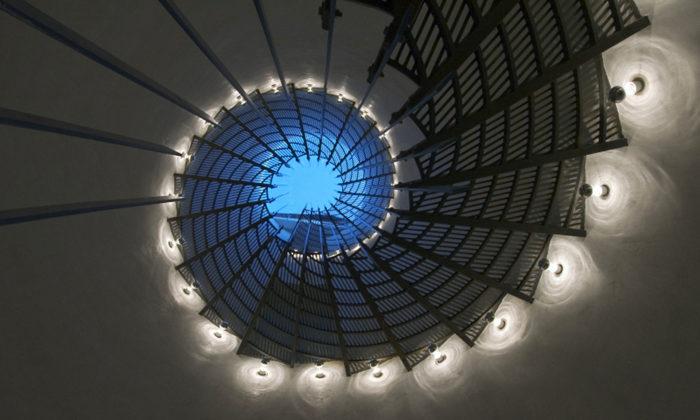 Praha vystavuje fotografie moderních schodišť nejen zČeské republiky