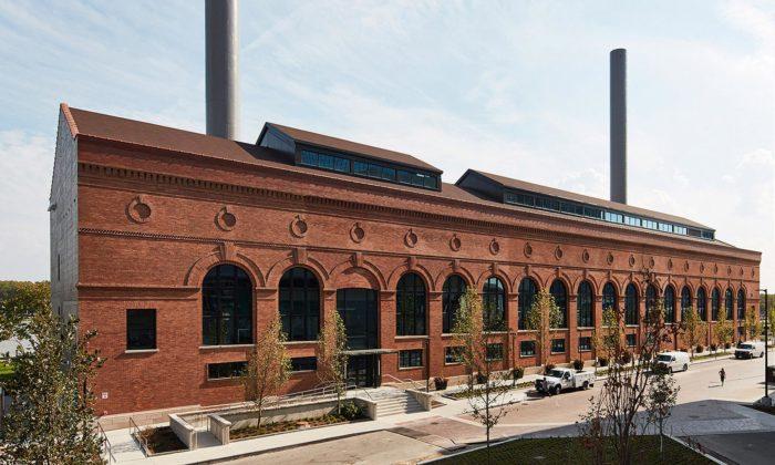 HKS přestavěli 120 let starou parní elektrárnu vToledu namoderní kanceláře