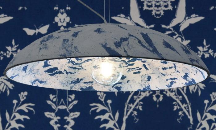 Jana Hejdová navrhla svítidla Gypsi Blues vyrobená starou řemeslnou technikou