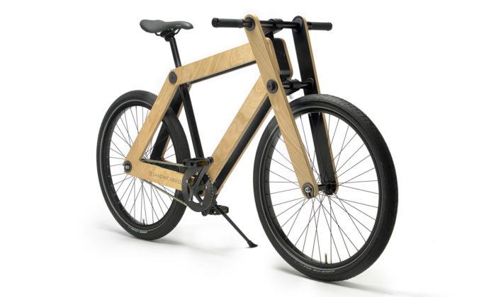 Dřevěné jízdní kolo Sandwichbikes si složíte aupravíte sami doma