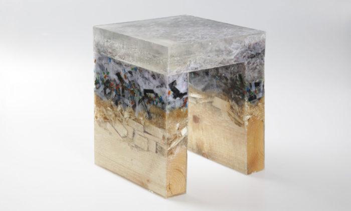 Studenti navrhovali nábytek zpapíru iredesign věhlasné Rietveldovy židle