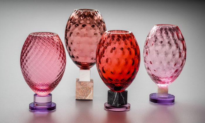 Ingrid Račková aDavid Suchopárek navrhli kolekci váz Pompeii ze skla amramoru