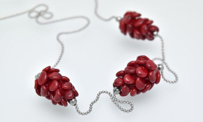 Skryté světy Petry Hamplové přinášejí ručně vyráběné skleněné šperky