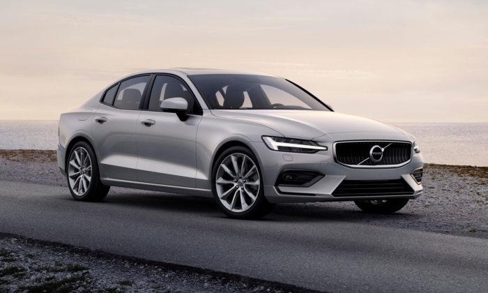 Volvo představilo modernizovaný prémiový sportovní sedan S60