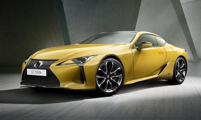 Lexus představil své sportovní kupé LC vlimitované Yellow Edition