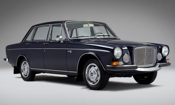 Tehdy luxusní čtyřdveřový sedan Volvo 164 slaví 50.výročí