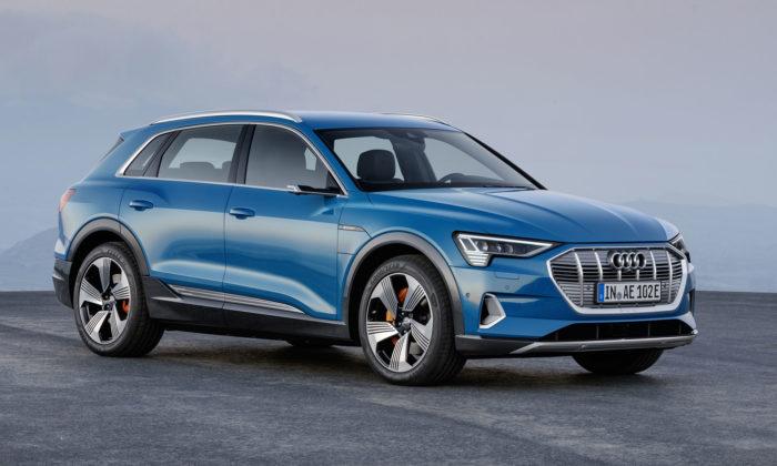 Audi ukázalo svůj první plně elektricky poháněný asériově vyráběný model e-tron