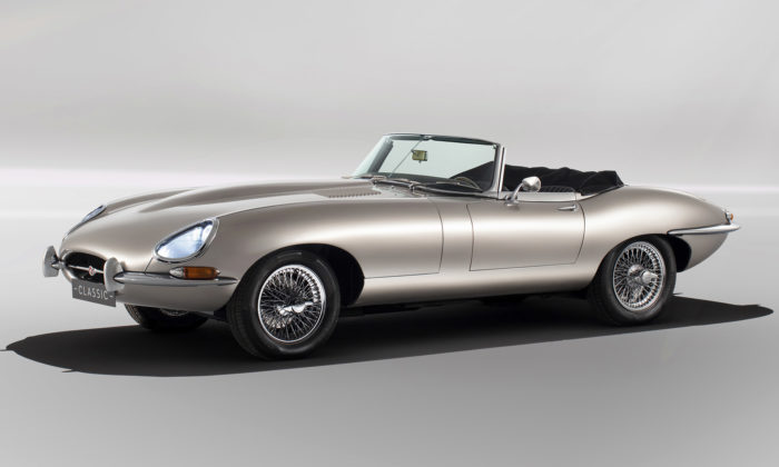 Jaguar oživil roadster E-Type zroku 1961 verzí splně elektrickým pohonem