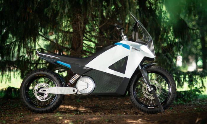 František Dvořák navrhl elektrickou motorku vyrobenou částečně na3D tiskárně