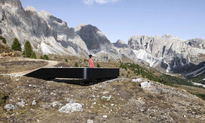 Messner Architects postavili vDolomitách minimalistickou vyhlídku Bella Vista
