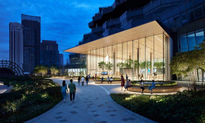Foster postavil první thajský Apple Store sobří prosklenou fasádou astromy