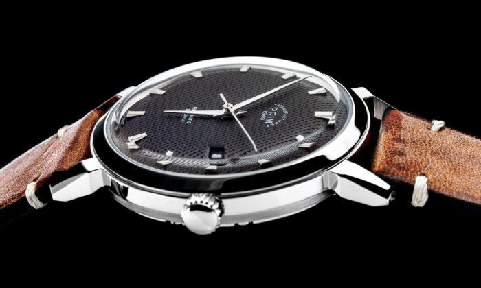 Prim modernizoval design hodinek Pavouk apřidal barevné varianty