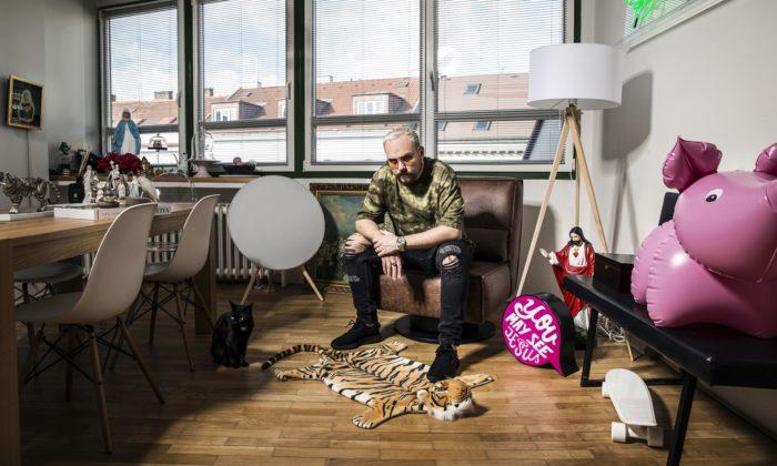 Matěj Dereck Hard nafotil bydlení českých osobností aotevírá výstavu