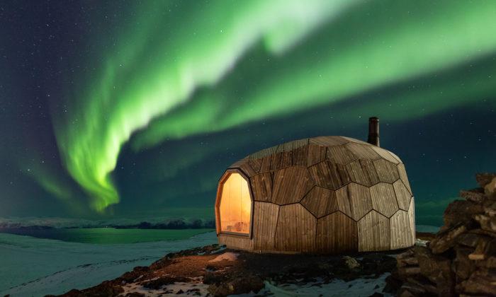 Norsko si za polárním kruhem postavilo turistickou kabinu stvarem vejce